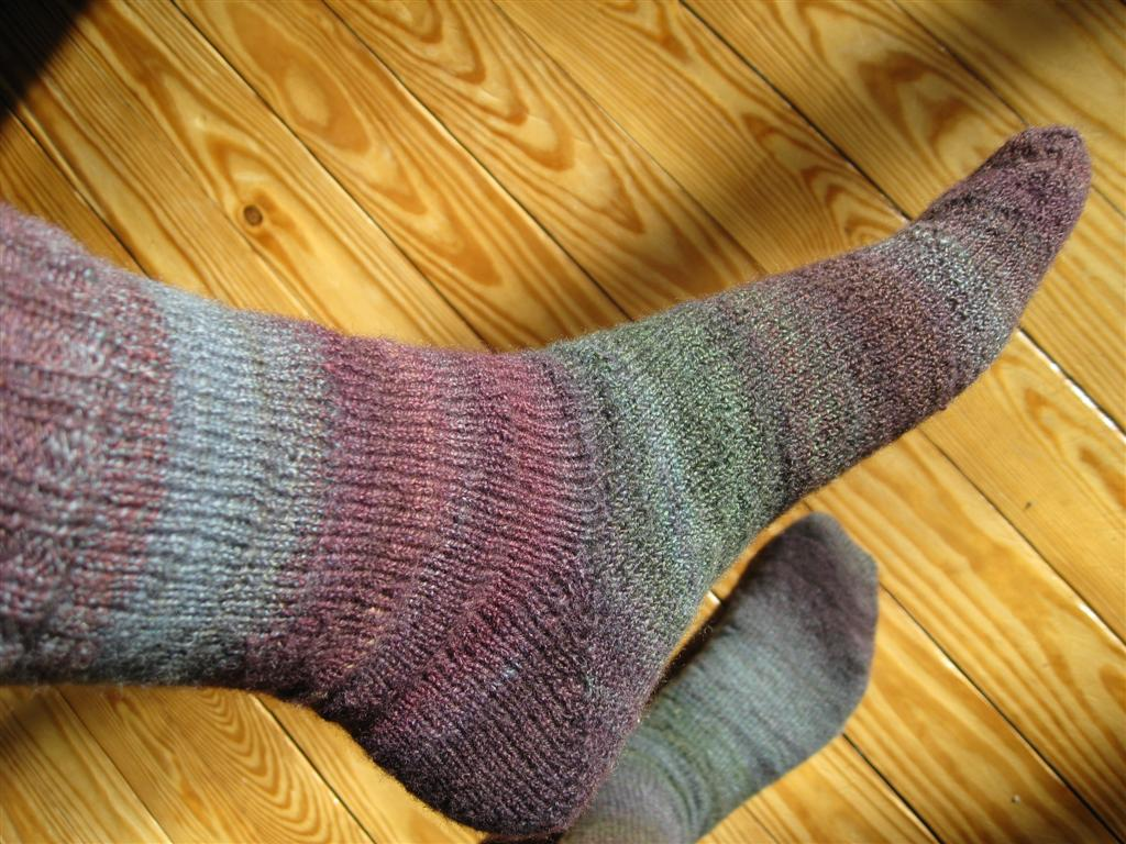 Free Knitting Patterns For Socks Using Circular Needles : Free Sock Pattern Toe Up Patterns Gallery
