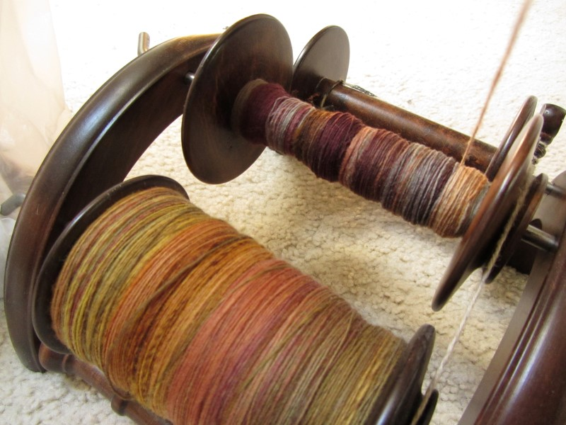 pucker_brush_farm-merino_plying1